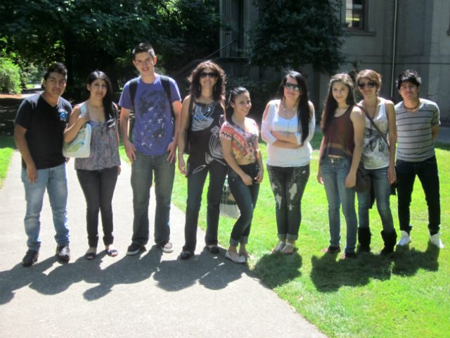 Pasos students on the U of O campus