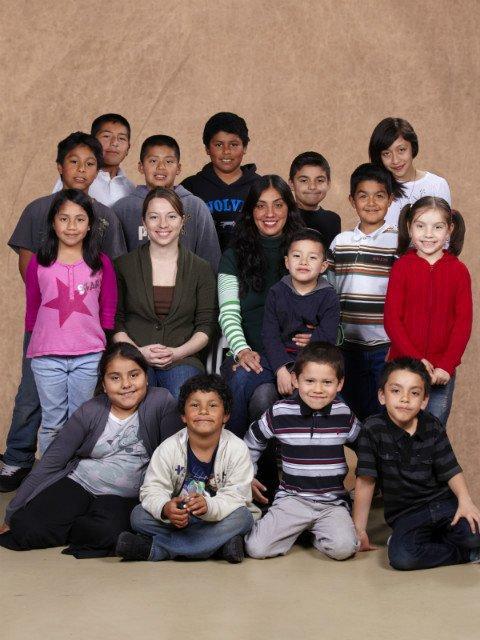 Pilas! family portrait - kids
