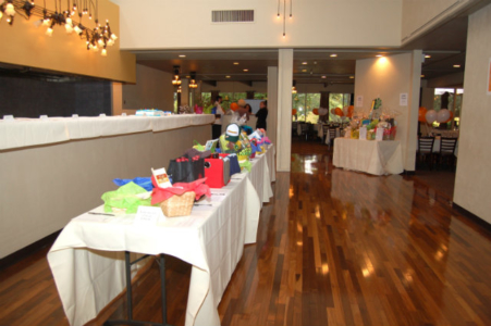 silent-auction table